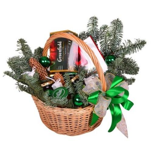 Купить на заказ Заказать Корзина «Подарок под елку» с доставкой по Жескасгану с доставкой в Жезказгане