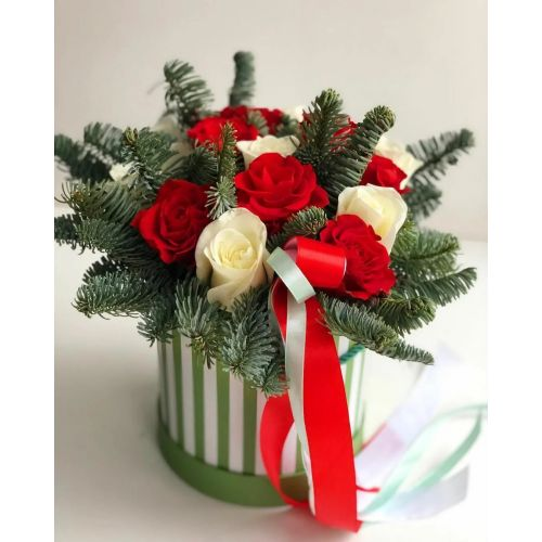 Купить на заказ Заказать Букет «Яркое Рождество» с доставкой по Жескасгану с доставкой в Жезказгане