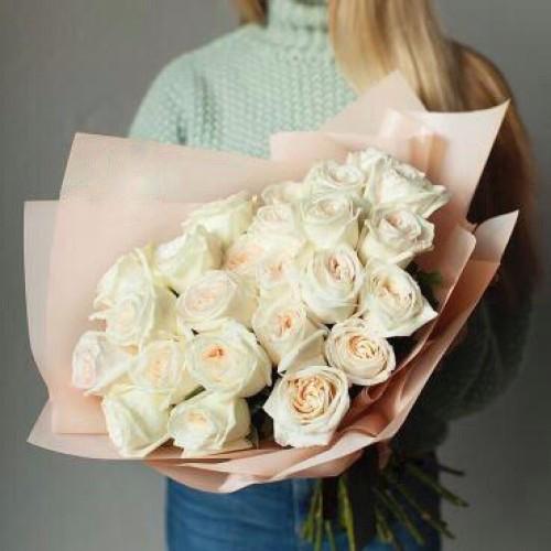Купить на заказ Заказать Букет из 31 белой розы с доставкой по Жескасгану с доставкой в Жезказгане
