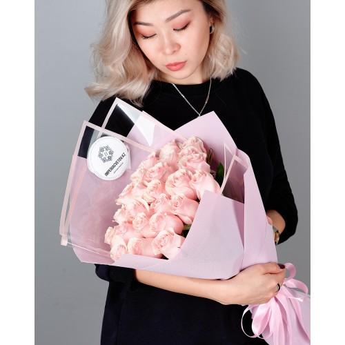 Купить на заказ Заказать Букет из 25 розовых роз с доставкой по Жескасгану с доставкой в Жезказгане