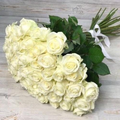 Купить на заказ Заказать Букет из 51 белой розы с доставкой по Жескасгану с доставкой в Жезказгане