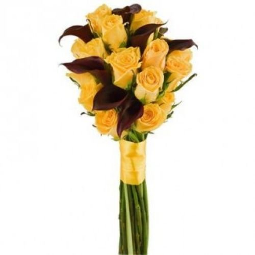 Купить на заказ Букет из желтых роз и темных калл с доставкой в Жезказгане