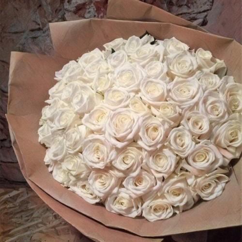 Купить на заказ Заказать Букет из 101 белой розы с доставкой по Жескасгану с доставкой в Жезказгане
